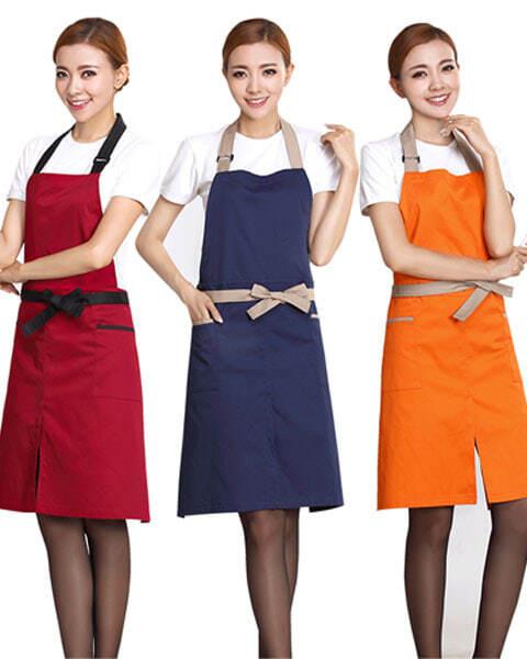 Tạp dề đeo vai là vật dụng không thể thiếu cho những người đứng bếp - 3